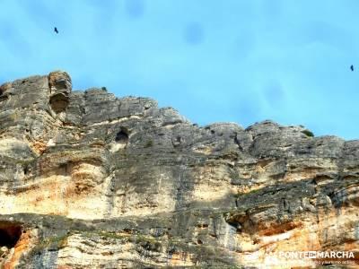 Cañón del Río Salado; Embalse El Atance; crampones la panera nordic walking laguna negra